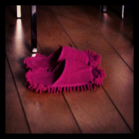 Moppingshoes. They work!