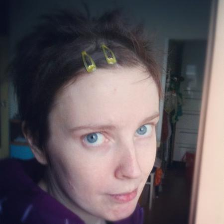 Ooh, look at my hair clips!